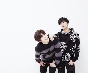 ten, jaehyun, and smrookies image