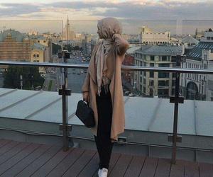 hijab, muslim, and hijâbi image