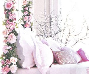 beautiful, flowers, and bed image