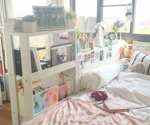kpop room image
