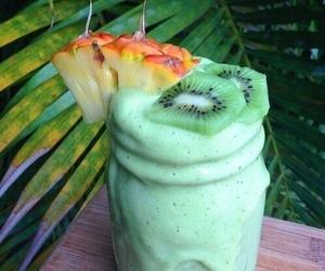 fruit, drink, and kiwi image