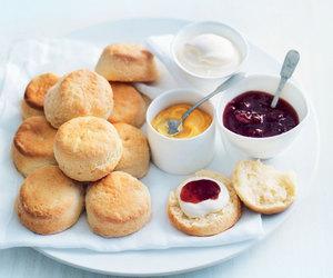 cream and scones image