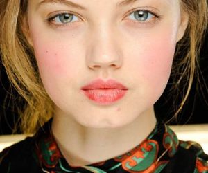 makeup, model, and lindsey wixson image