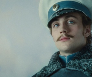 anna karenina and aaron taylor johnson image