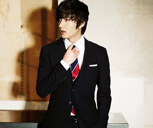 lee min ho and boy image