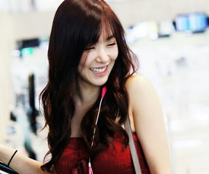 airport, k-pop, and girlsgeneration image