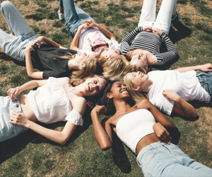 friends, brandy melville, and friendship image