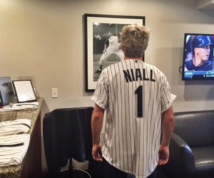 niall horan, 1d, and one direction image
