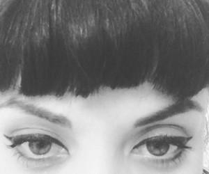 blanco y negro, mon, and ojos image