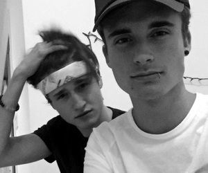 christian collins, brothers, and weeklychris image