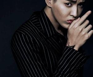exo, kpop, and yifan image
