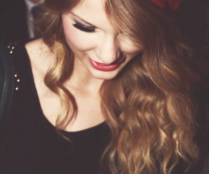 Taylor Swift, red, and smile image