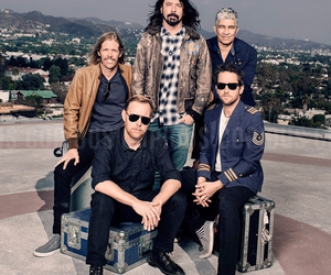 alternative, band, and foo fighters image