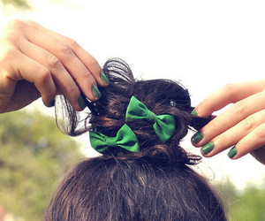bow, hands, and bun image