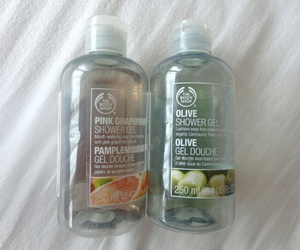tropical, the body shop, and shower gel image