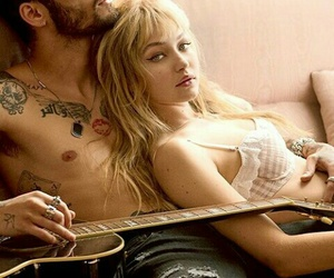 guitar, gigi hadid, and mannequin image