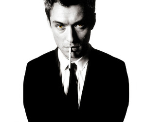 jude law, smoke, and boy image