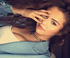 selena gomez, snapchat, and beauty image