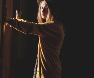 murder house, violet harmon, and ‎taissa farmiga image