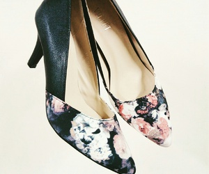 beautiful, heels, and shoe image