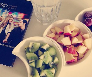 gossip girl, fruit, and water image