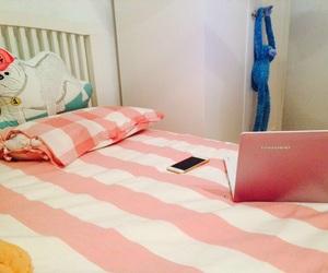 "pink""""beedroom image"
