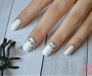 googly eyes, Halloween, and long nails image