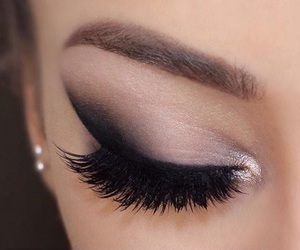 black, eyelashes, and make up image