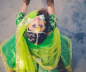 asian, sari, and gilr image