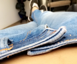 jeans hips image