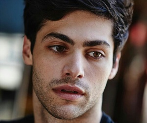 matthew daddario, shadowhunters, and alec lightwood image