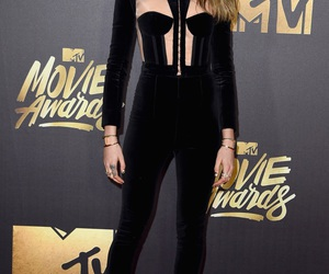 cara delevingne and mtv movie awards image