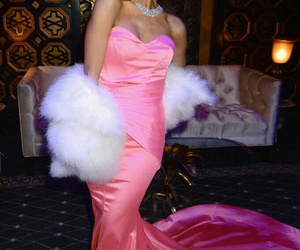 ariana grande and pink image