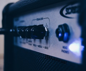 amplifier, electric, and guitar image