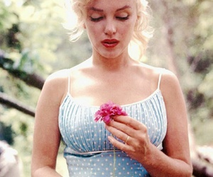 blonde, classic, and flower image