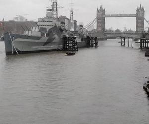 bateau, Londres, and pluie image