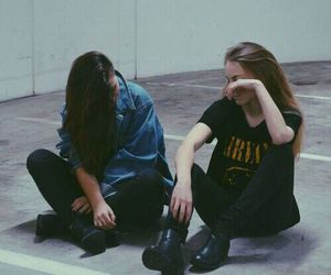 girl, grunge, and friends image