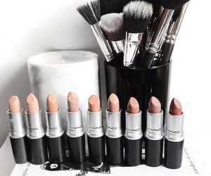 lipstick, makeup, and Brushes image