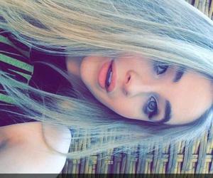 sabrina carpenter and snapchat image