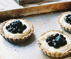 blueberries, tart, and dessert image