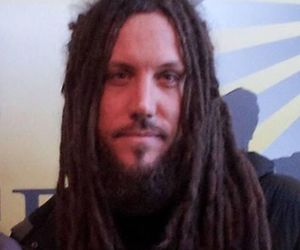 head, korn, and brian head welch image
