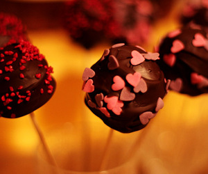 heart, sweet, and cakepops image