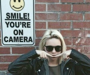 smile, bea miller, and grunge image