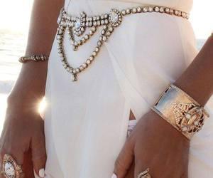 fashion jewelry image