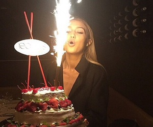 gigi hadid, birthday, and model image
