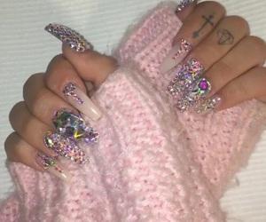 nails, gif, and shirin david image