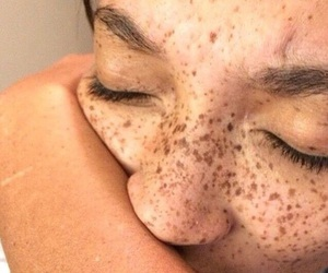 freckles, tumblr, and aesthetic image