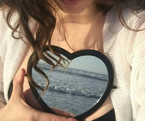 aesthetic, heart, and brunette image