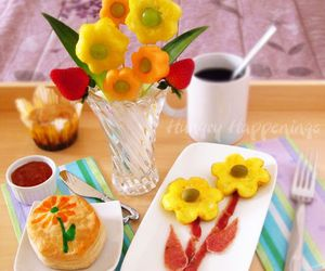 mother's day, breakfast in bed, and bacon & egg daisies image