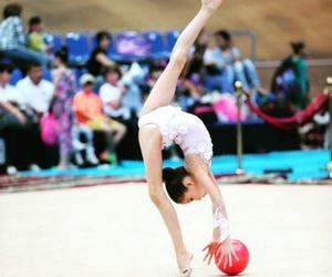 rhythmic gymnastics image
